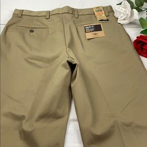 Dockers Signature Khaki D3 Pants 33x32 NWT